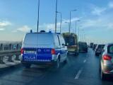 Zderzenie dwóch aut na Wiaduktach Warszawskich w Bydgoszczy [zdjęcia]