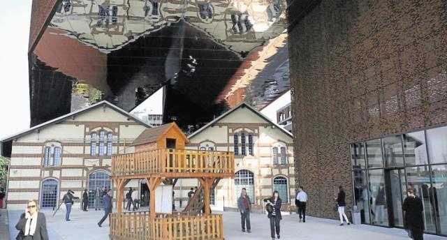 Muzeum Tadeusza Kantora przy ul. Nadwiślańskiej otwarte zostało 12 września 2014 roku