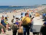 W Kołobrzegu wielki najazd turystów. Jak w wakacje