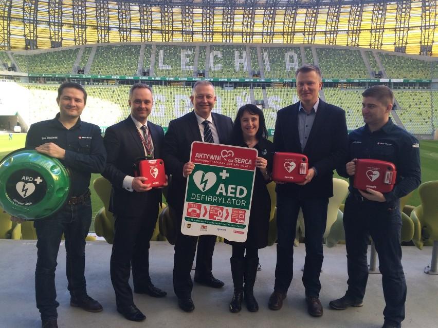 Stacjonarne defibrylatory na gdańskim stadionie i Ergo Arenie [ZDJĘCIA]