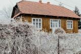 Drewniane domki do kupienia w Małopolsce do 200 tys. Najciekawsze oferty wraz ze zdjęciami. Marzysz o drewnianym domku? Sprawdź galerię!