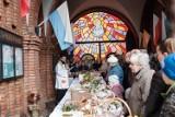 Tarnów. Święcenie pokarmów przed kościołami, więcej spowiedzi. Wskazania biskupa tarnowskiego na Wielki Tydzień i Wielkanoc 2021