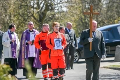 Na Junikowie pożegnano ratownika, który zginął w wypadku karetki w Puszczykowie [ZDJĘCIA]