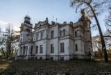 Piękny opuszczony pałac z zakopanym skarbem pod Warszawą. Do dzisiaj nikt nie dotarł do ukrytych pieniędzy