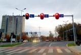 Ruszył montaż sekundników na skrzyżowaniach w Lesznie. Są już na Grunwaldzkiej