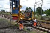 Co z budową wiaduktu w Skarżysku? Sprowadzono specjalną maszynę (ZDJĘCIA)