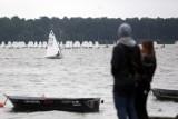 Ponad 100 jachtów na Zalewie Zemborzyckim w Lublinie. Żeglarze walczą o Złocistego Cebularza. Zobacz zdjęcia