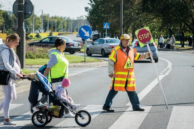 """Urząd Miasta w Bydgoszczy przeznaczy 575 tys. złotych na nowoczesne oświetlenie przejść dla pieszych. Za te pieniądze piesi będą lepiej widoczni na trzynastu """"zebrach"""" w naszym mieście.   Kamery namierzyły pijanego kierowcę w Bydgoszczy"""