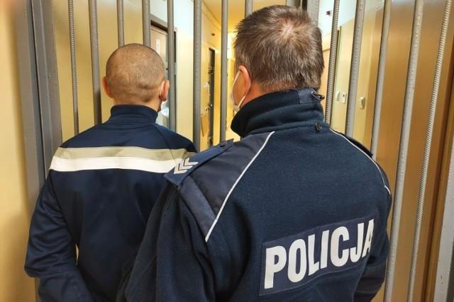 Policjanci zatrzymali 36-latka.