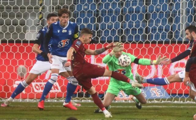 W grudniu Pogoń wygrała z Lechem w Poznaniu 4:0.