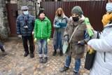 Wielka mobilizacja. Dzieci sprzątały las na Karczówce w Kielcach. Było bardzo brudno (ZDJĘCIA)