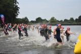 Impreza dla prawdziwych twardzieli w Żorach. 88 śmiałków zmierzyło się z 1/8 Ironmana. Pływają, biegną i jadą na rowerze. Zobaczcie ZDJĘCIA