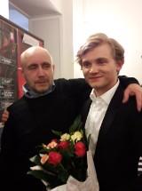 Młodzież i pracownicy PMDKiS na spektaklu w Warszawie[FOTO]