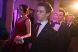 Studniówka 2017: Tak bawili się maturzyści z XVI LO w Poznaniu [ZDJĘCIA]