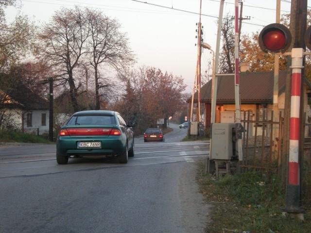 Zamknięcie przejazdu na 18 miesięcy sparaliżowałoby komunikację samochodową w Bochni