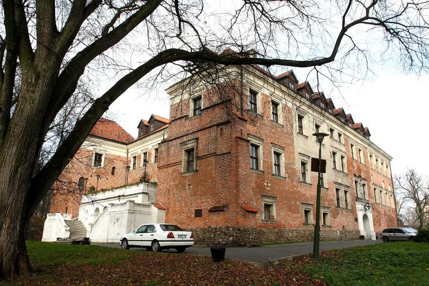 Średniowieczny Zamek w Uniejowie