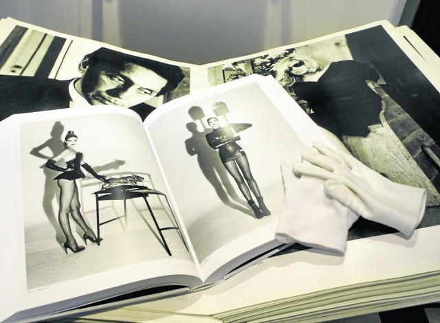 W House of Albums są nawet albumy ze zdjęciami Newtona