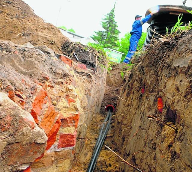 Archeolodzy odkryli fragmenty murowanych krypt