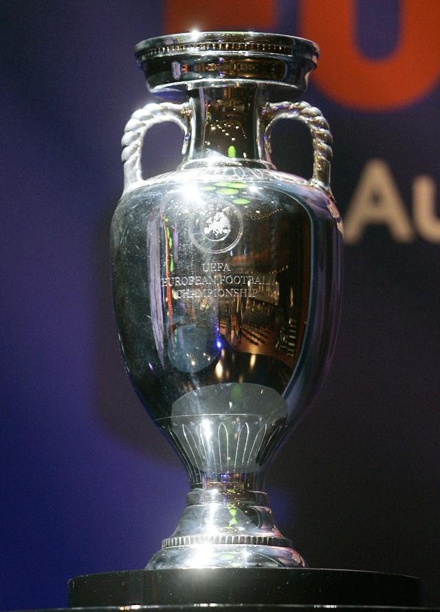 Puchar Euro był już w Poznaniu w czerwcu 2011 r.
