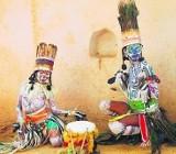 Ludzie Lasu z Radżastanu zatańczą nam Swang