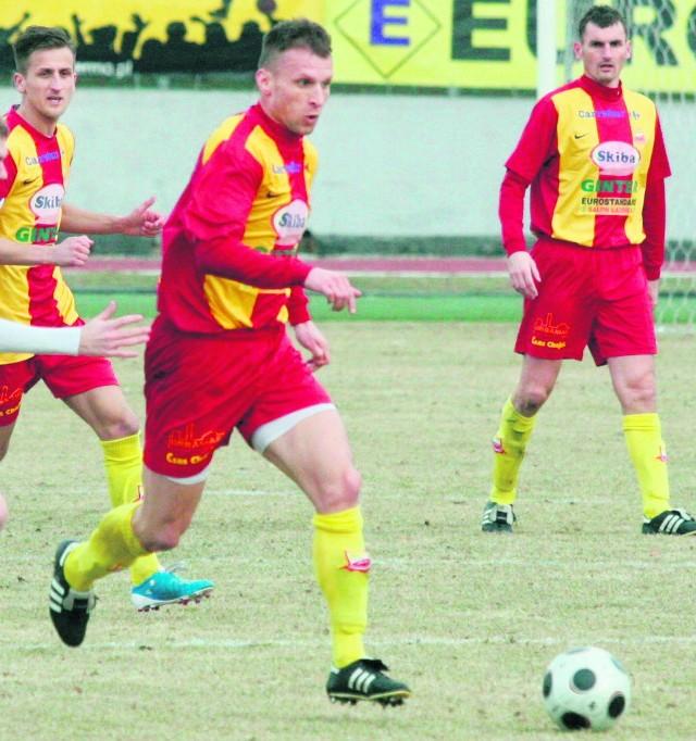 Tomasz Parzy (na pierwszym planie) zaliczył asystę przy golu Kowala