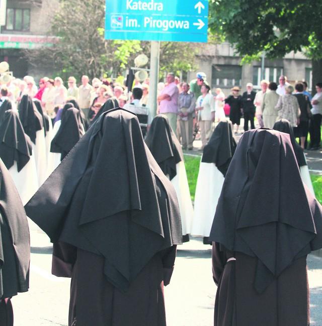 Liczba zakonnic spada