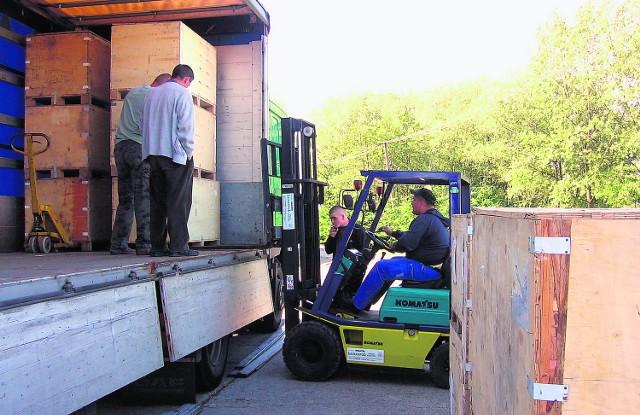 20 ton darów trafiło do Rzeszotar. Stąd rozsyłane są dalej