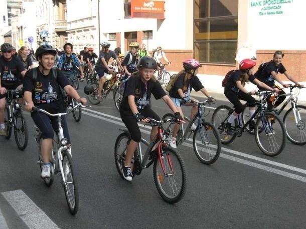 Bielszczanie kochają jeździć na rowerach - w niedzielnym rajdzie wzięło udział 1700 osób
