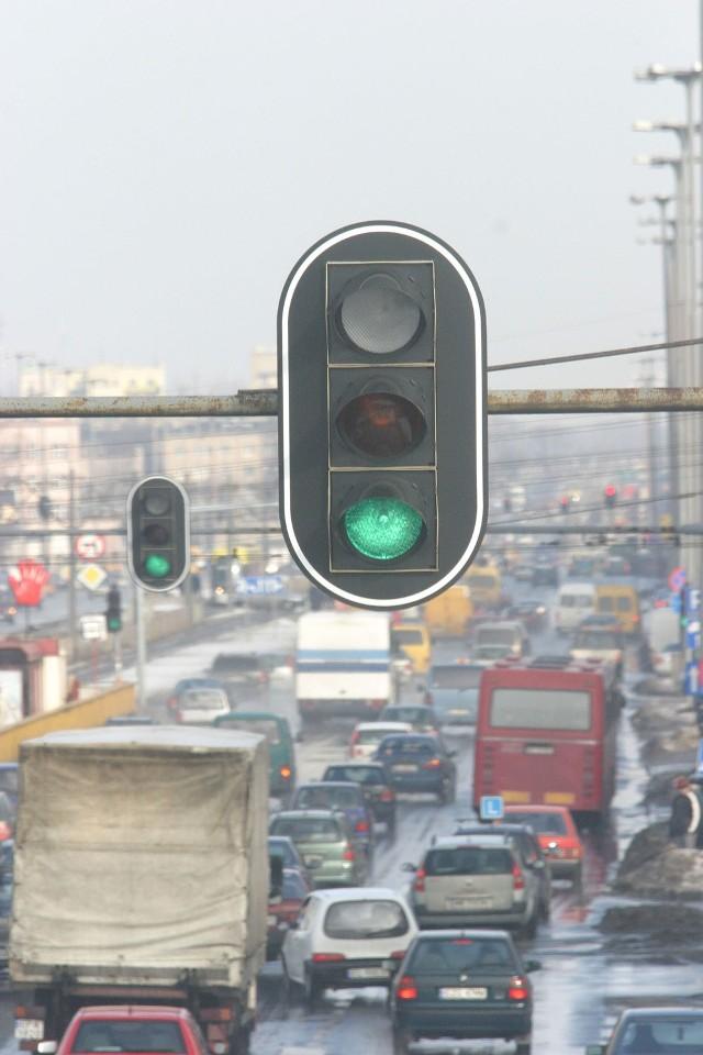 Od 9:00 do 14:00 nie ma świateł na skrzyżowaniu Sienkiewicza i Nawrot.