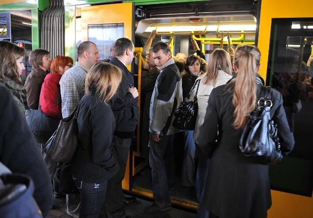 Radni chcą wprowadzić bilety dla uczniów i studentów w atrakcyjnych cenach.