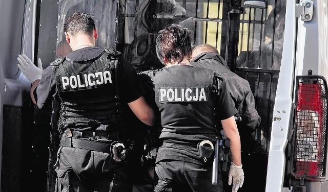 164 policjantów z województwa łódzkiego zamierza odejść ze służby na początku 2012 roku