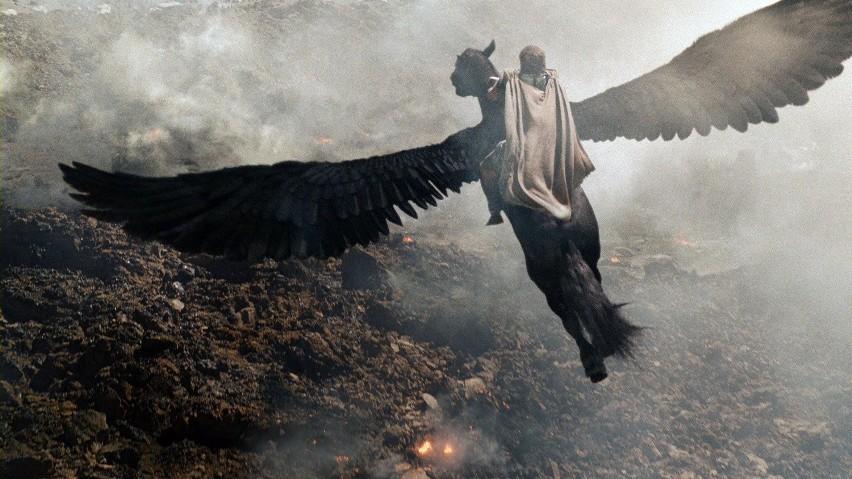 """Kadr z """"Gniewu Tytanów"""""""