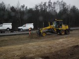 Poznań w budowie: Przebudowa skrzyżowania Bałtyckiej z Janikowską. Będzie bezpieczniej! [ZDJĘCIA]