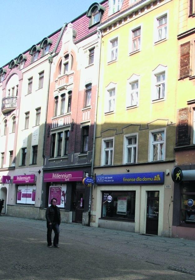 Na ul. Konopnickiej i 1 Maja doliczyliśmy się 12 banków
