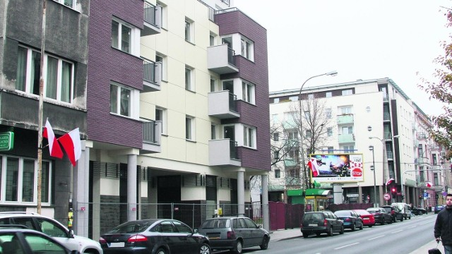Blok przy ul. Sienkiewicza 71 stoi pusty