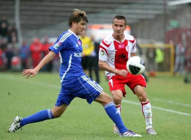 Marcin Kaczmarek (z prawej) był bardzo niezadowolony z meczu z Wisłą