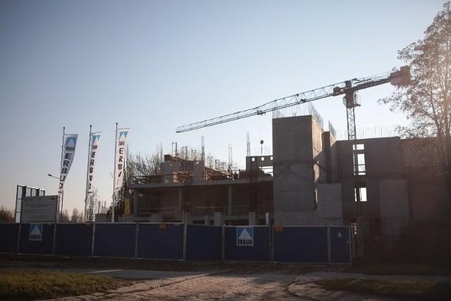 Erbud za dokończenie budowy dostanie 27 mln zł