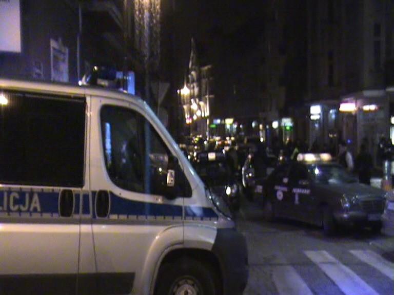 W okolicach Starego Rynku skontrolowano 120 kierowców - 20 z nich straci licencje