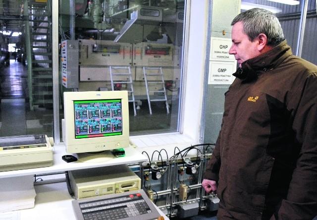 Marek Urban w malborskiej fabryce Malmy Trading codziennie dba o to, by sprzęt się ładował