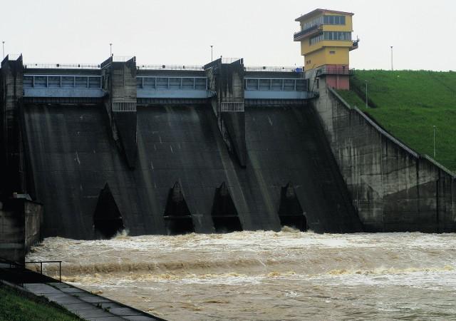 Wioski zalało po tym, jak w Dobczycach spuszczono dużo wody