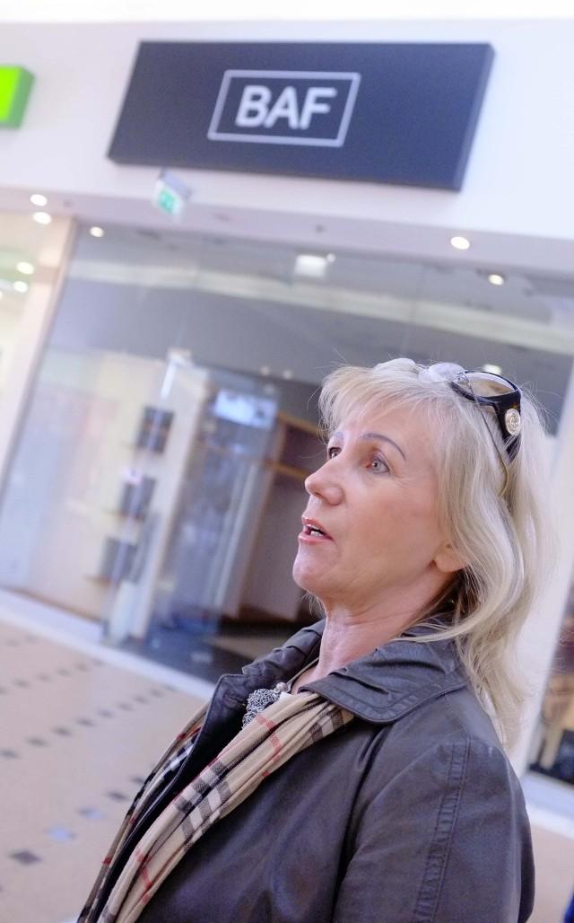 Firma Barbary Foltyńskiej prężnie się rozwijała, ale właścicielka, która szyje i projektuje ubrania od 1978 r., zdecydowała się zamknąć sklep w Pestce