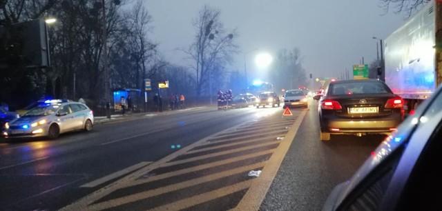 Wypadek na ul. Chorzowskiej w Bytomiu. Tworzą się duże korki.