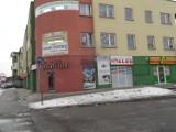 Szyldy Żory: Przez szyldy szpetna jest także al. Niepodległości, m.in. budynek Zielonej Podkowy FOTO