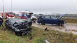 Wypadek na Wirażowej. Zderzenie czołowe dwóch samochodów [ZDJĘCIA Czytelnika]