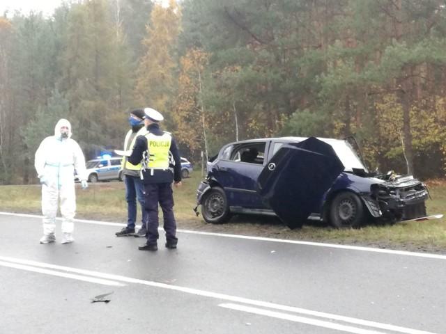Wypadek koło miejscowości Deniski (pow. bielski). Zderzyły się tam dwa samochody osobowe.