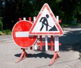 Prace drogowe w Kosakowie. Na ul. Derdowskiego zmienili organizację ruchu. Prace potrwają mniej więcej do końca wakacji 2021