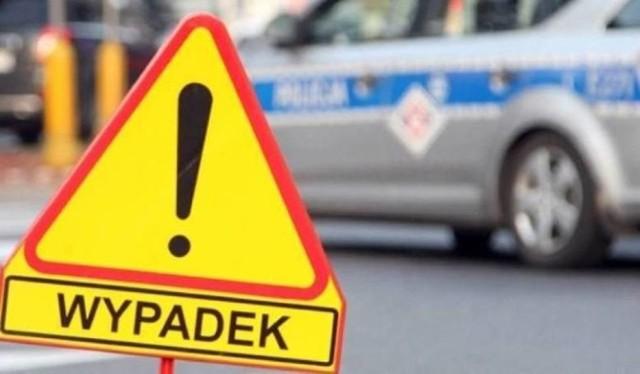 Wypadek w Bielsku-Białej, autobus zderzył się z samochodem