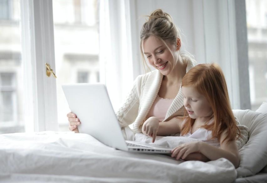 Większość matek chce kontynuować pracę po urodzeniu dziecka....