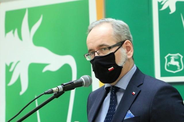 Minister zdrowia przedstawi nowe obostrzenia, jakie wprowadzi rząd ze względu na wzrastającą liczbę zakażeń koronawirusem