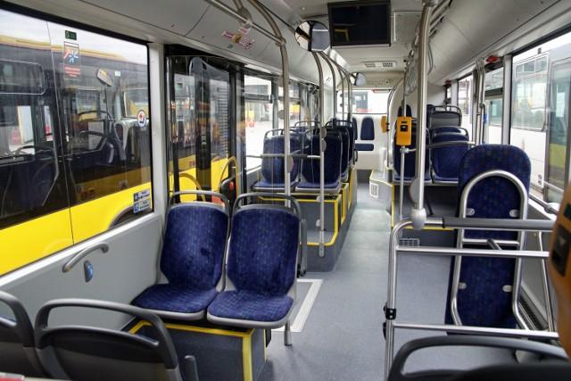 W Wigilię tramwaje i autobusy MZK Grudziądz będą kursowały krócej niż zwykle. O której godzinie wykonają ostatnie kursy sprawdź na kolejnych slajdach w galerii.
